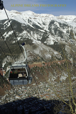 TELURIDE GONDOLA ABOVE THE TOWN