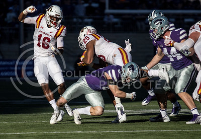 Sophomore defensive back Johnathan Durham tackles an Iowa State player during the football game at Bill Snyder Family Stadium on Nov. 25, 2017. (Alanoud Alanazi | Collegian Media Group)