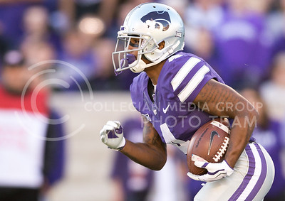 K-State junior wide receiver Dominique Heath runs the ball during the football game against Iowa State at Bill Snyder Family Stadium on Nov. 25, 2017. (George Walker | Collegian Media Group)