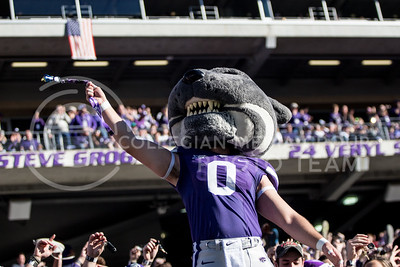 Willie swings keys during kickoff against Iowa State at Bill Snyder Family Stadium on Nov. 25, 2017. (Alanoud Alanazi | Collegian Media Group)