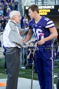 Bill Snyder talks to senior quarterback Jesse Ertz  during the pregame of the football game against Iowa State at Bill Snyder Family Stadium on Nov. 25, 2017. (Alanoud Alanazi | Collegian Media Group)