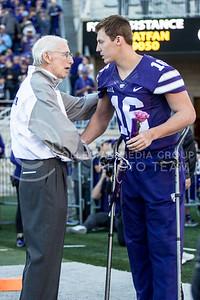 Bill Snyder talks to senior quarterback Jesse Ertz  during the pregame of the football game against Iowa State at Bill Snyder Family Stadium on Nov. 25, 2017. (Alanoud Alanazi | Collegian Media Group)