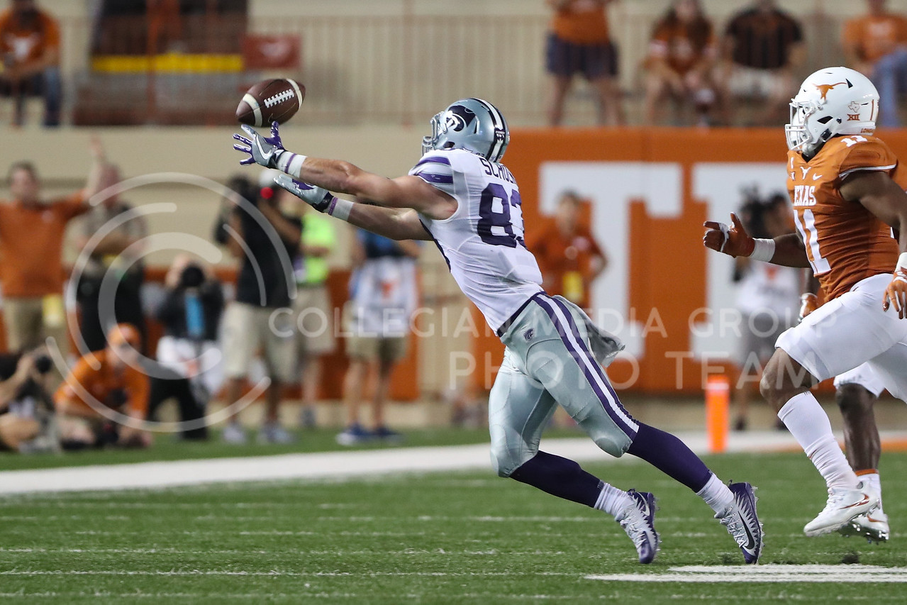 AUSTIN, TEXAS - OCTOBER 7: K-State wide receiver #83 Dalton Schoen attempts to catch a pass during the football match between Kansas State University and University of Texas, Austin at Darrell K Royal Stadium on October 7th, 2017. (Photo by Cooper Kinley | Collegian Media Group)