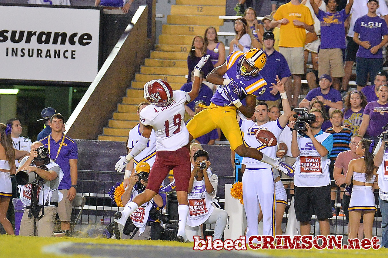 September 5, 2014: New Mexico State Aggies defensive back Adaryan Jones (19) defends a pass during a game between New Mexico State and No. 17/18 LSU at Tiger Stadium in Baton Rouge, LA.