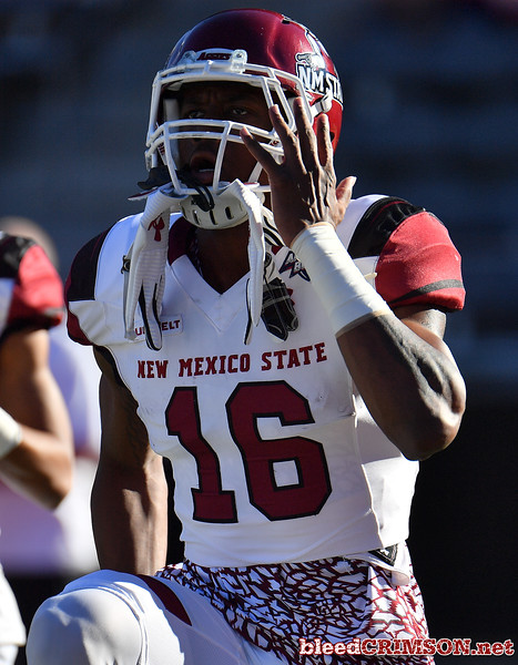December 29, 2017; Tucson, AZ, USA;  New Mexico State Aggies wide receiver Jaleel Scott (16) warms up before his team's game against the Utah State Aggies during the NOVA Home Loans Arizona Bowl at Arizona Stadium in Tucson, Ariz.  Photo by Sam Wasson/bleedCrimson.net