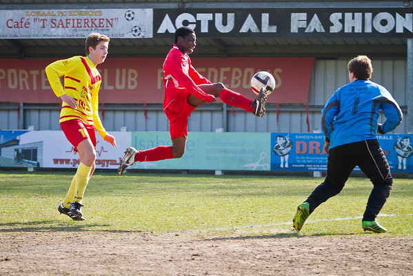 08/03/2014: KFC Edeboys - Cercle Melle