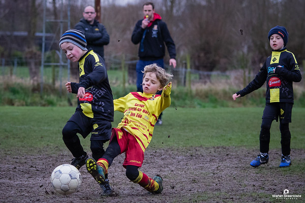 04/03/2017: KFC Edeboys - Eendracht Houtem B