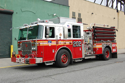 FDNY Engine 202 2010 Seagrave 2000-500 Photo by Chris Tompkins