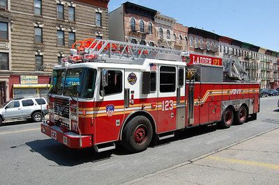 FDNY Ladder 123 2011 Ferrara 100' Photo by Chris Tompkins