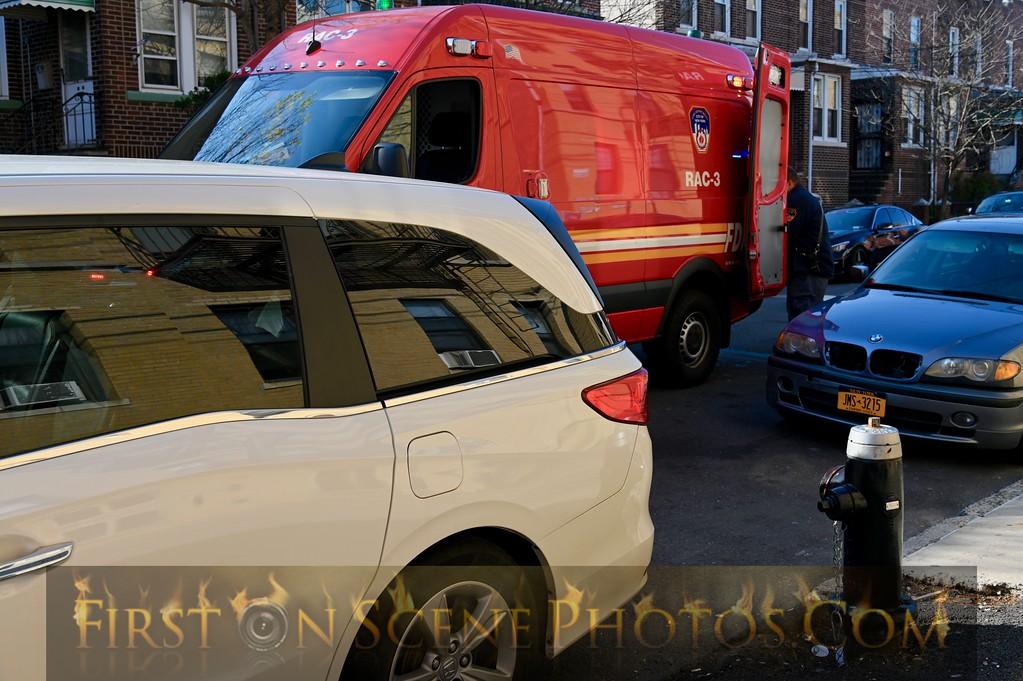 www.firstonscenephotos.com