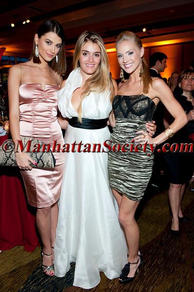Miss Universe Stefania Fernandez, Daphne Oz, Miss USA Kristen Dalton