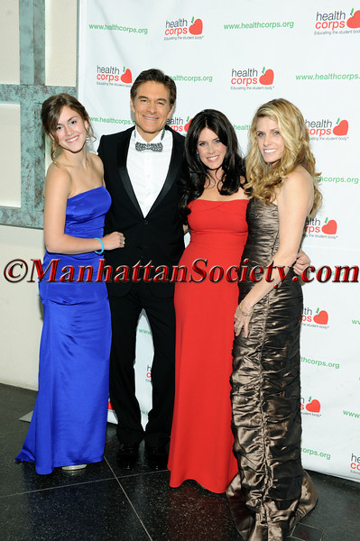 Zoe Oz, Dr Oz, Lisa Oz, Emily Smith