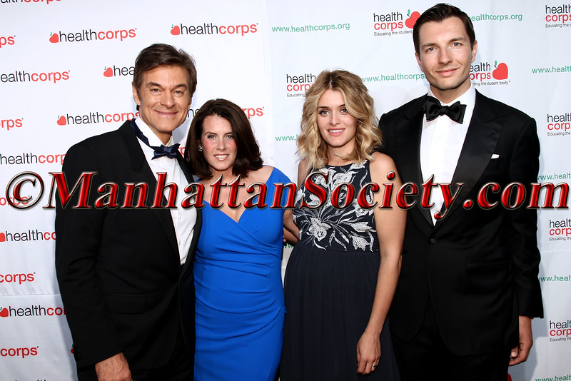 Lisa Oz, Dr. Mehmet Oz, Daphne Oz and John Jovanovic