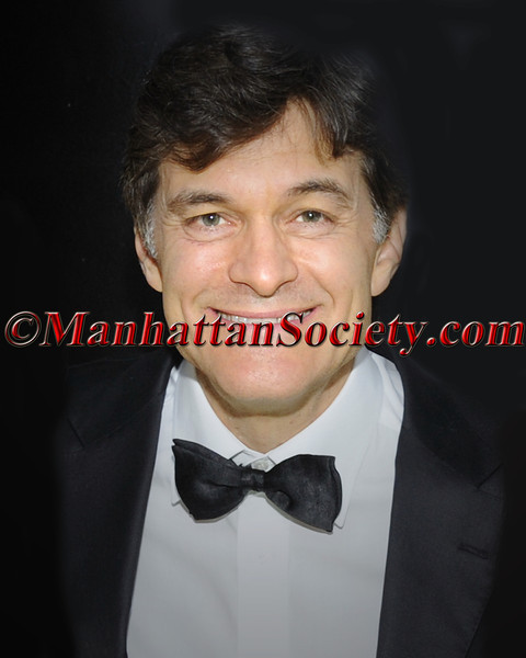 "NEW YORK-APRIL 30: Dr. Mehmet Oz  attend HEALTH CORPS ""Green Garden Gala"" on Thursday, April 30, 2009 at the Winter Garden, World Financial Center, 220 Vesey Street at Battery Park, New York City, NY  (Photo Credit: ©Gregory Partanio/ManhattanSociety.com)"