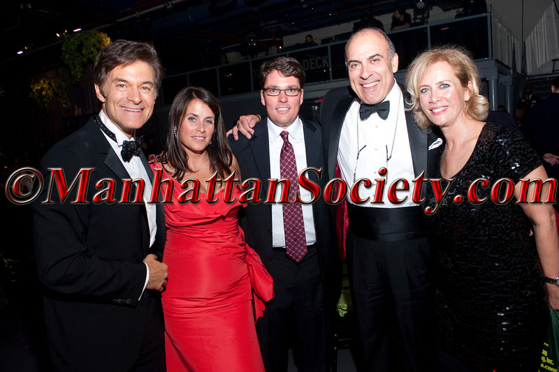 "Dr. Oz, Lisa Oz, ?, Muhtar Kent, Defne Kent HEALTHCORPS' Fifth Annual Gala ""Fresh From The Garden"" on Wednesday, April 13, 2011 at Intrepid Sea, Air & Space Museum, Pier 86 at 46th Street & 12th Avenue, New York, NY  PHOTO CREDIT: Copyright ©Manhattan Society.com 2011"