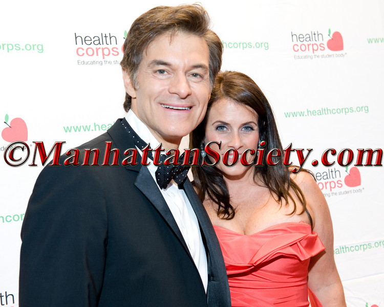 "Lisa Oz, Dr. Oz attend HEALTHCORPS' Fifth Annual Gala ""Fresh From The Garden"" on Wednesday, April 13, 2011 at Intrepid Sea, Air & Space Museum, Pier 86 at 46th Street & 12th Avenue, New York, NY  PHOTO CREDIT: Copyright ©Manhattan Society.com 2011"