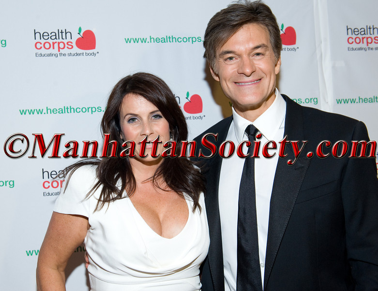 """New York –April 18:  Lisa Oz, Dr. Mehmet Oz attend HEALTHCORPS' Sixth Annual Gala """"Garden of Angels"""" at the Waldorf Astoria Hotel on Wednesday, April 18, 2012 in New York City PHOTO CREDIT: © 2012 Manhattan Society.com by Gregory Partanio"""
