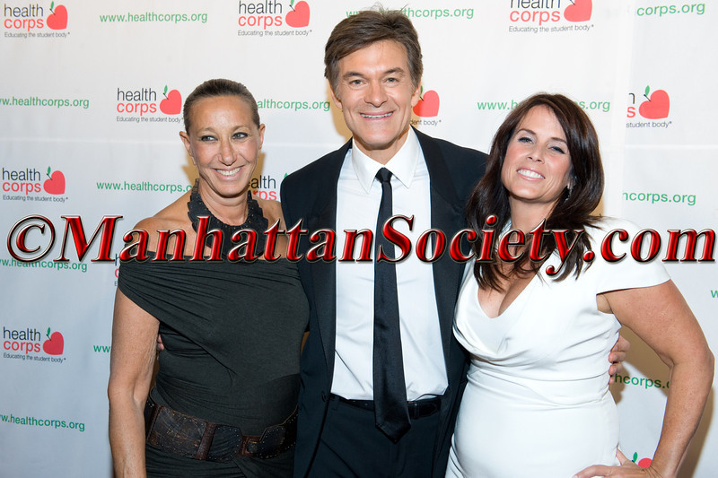 """New York –April 18:  Donna Karan, Dr. Mehmet Oz, Lisa Oz attend HEALTHCORPS' Sixth Annual Gala """"Garden of Angels"""" at the Waldorf Astoria Hotel on Wednesday, April 18, 2012 in New York City PHOTO CREDIT: © 2012 Manhattan Society.com by Gregory Partanio"""