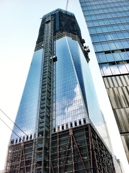 Construction of the new '1 World Trade Center' at the height of 72 stories.