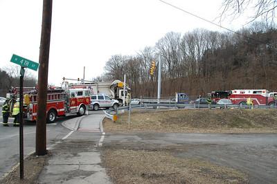 SAINT CLAIR VEHICLE ACCIDENT 2-02-2010 PICTURES BY COALREGIONFIRE