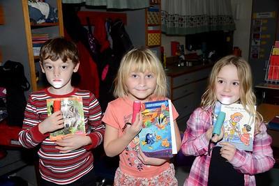Flashlight Friday...Mrs Burgess Class Reads photos by Gary Baker