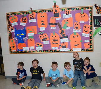 Kindergarten Pumpkin Patch photos by Gary Baker