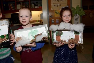 Kindergarten Wildlife Dioramas photos by Gary Baker