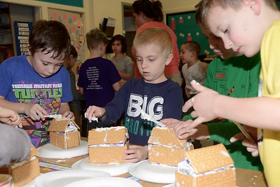 Lets Make Ginger Bread Houses photos by Gary Baker