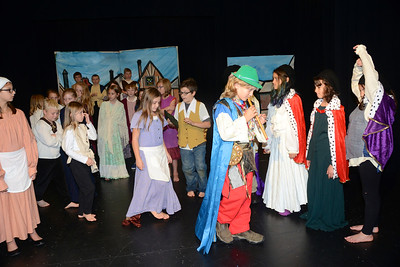 The Pied Piper I photos by Gary Baker