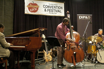 Avery Sharpe Trio - Onaje Allan Gumbs /  Avery Sharpe /  Winard Harper