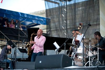 Joshua Redman Quartet  Aaron Goldberg  /  Joshua Redman  /  Reuben Rogers /  Gregory Hutchinson