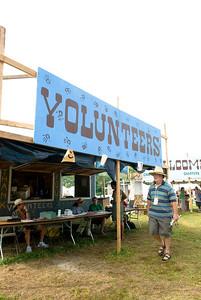 Volunteer Booth.....become a volunteer!