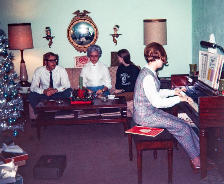 Paul, Elizabeth, Nancy and Pat