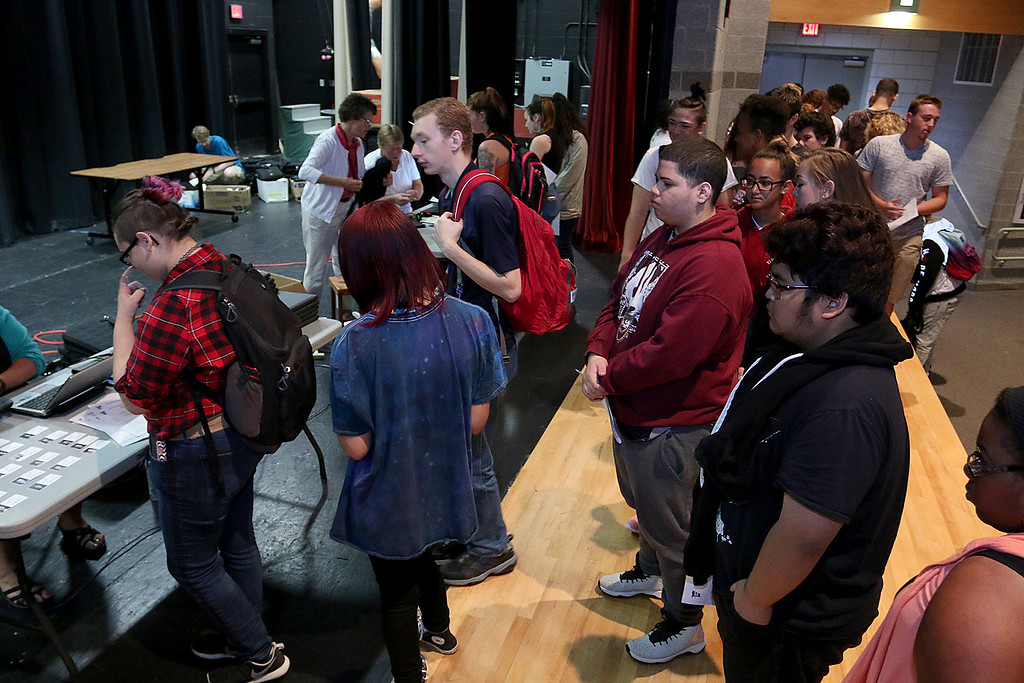 . The junior class at Fitchburg High School got Chromebook laptops on Thursday morning, September 14, 2017. Juniors line up to get their new laptops. SENTINEL& ENTERPRISE/JOHN LOVE