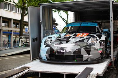 #77 Proton Competition Porsche 911 RSR: Christian Ried, Julien Andlauer, Matt Campbell, Le Mans 24 Hours Public Scrutineering, Place de la République, Le Mans, France