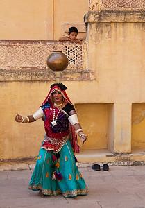 Bhavai Dance Watcher