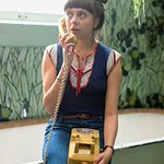 Bel Powley as Minnie wearing a Tshirt from Alexis Scott Vintage Collection