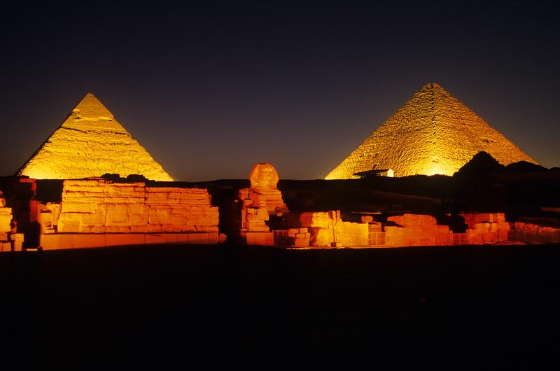 PyramidsNight177PG35
