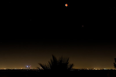 Moon Eclipse and Mars over Madrid