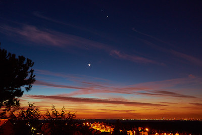 Jupiter, Mars and Venus dancing with the Moon over Madrid