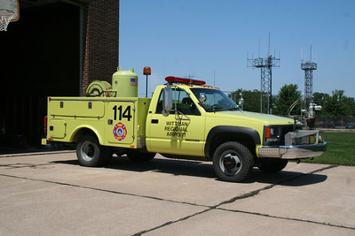 AIRPORT FIRE APPARATUS