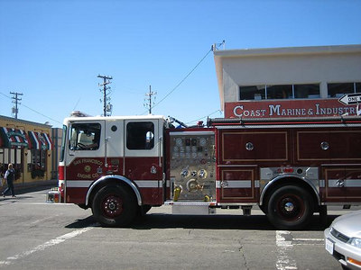 San Francisco Fire Dept Engine Company (photo by: Stephanie Nall)