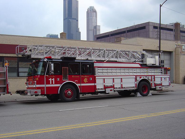 TRUCK CO. 11, 2000 E-ONE 100'