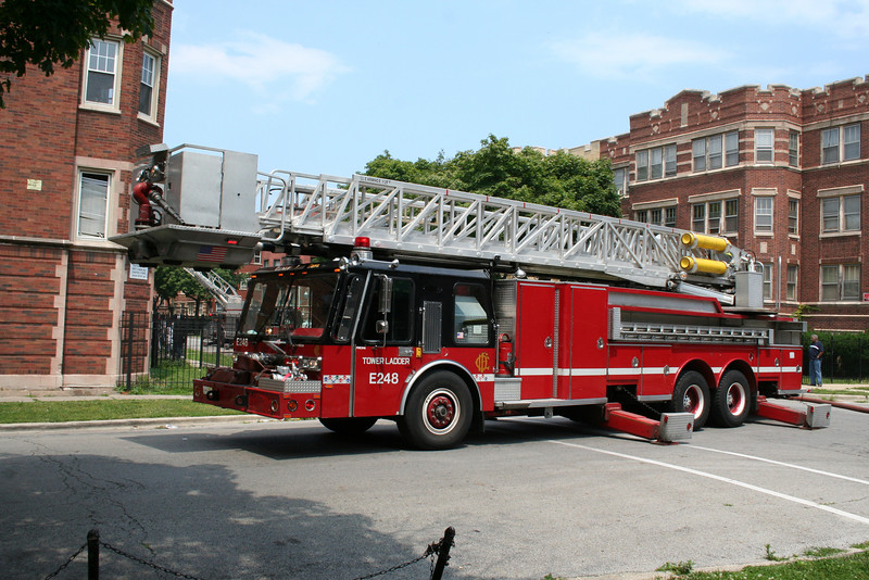 SHOP SPARE E248, RUNNING AS TOWER LADDER 34 ON A STILL ALARM 7/23/2009