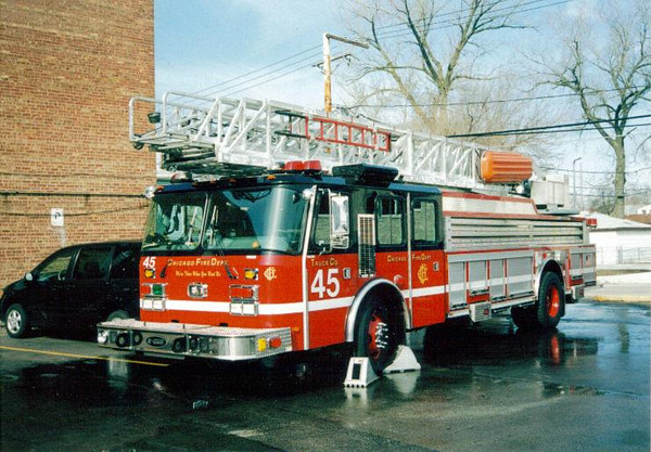 TRUCK CO. 45, 2000 E-ONE 100'