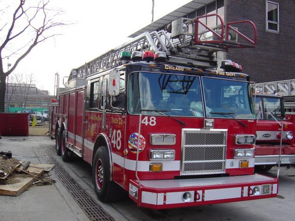 TRUCK CO. 48, 2002 PIERCE DASH 100'