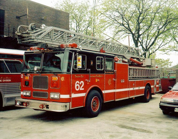 TRUCK CO. 62, 1996 SEAGRAVE 100'