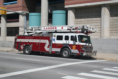 INDIANAPOLIS, LADDER CO. 4