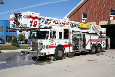 PLAINFIELD TOWER LADDER 1919