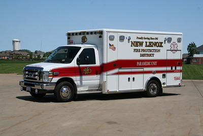 NEW LENOX AMBULANCE 1644